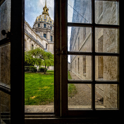 Invalides Window